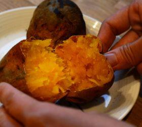 ペレットストーブで焼いた焼き芋