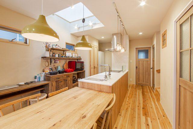 狭小住宅 木造3階建ての家インテリアがおしゃれ
