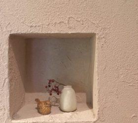 ニッチ 飾り棚 小物 花 リノベ 珪藻土