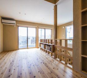 箕面市注文住宅二階の写真